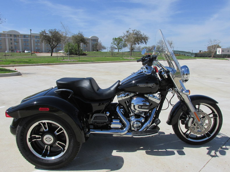 2015 harley davidson freewheeler trike my classic garage. Black Bedroom Furniture Sets. Home Design Ideas