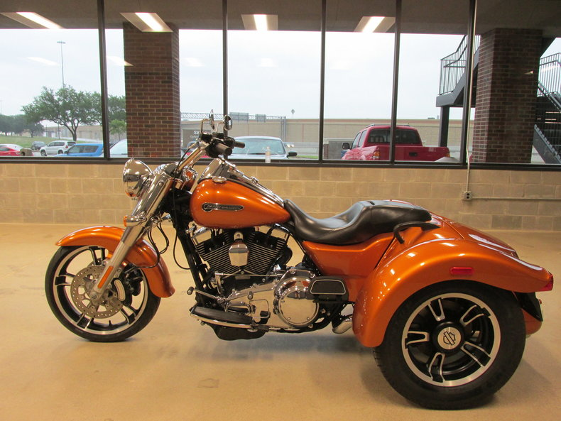 2015 harley davidson freewheeler trike flrt for sale 87781 mcg. Black Bedroom Furniture Sets. Home Design Ideas