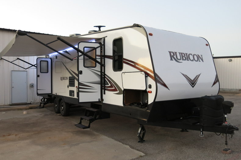 Dutchman Rubicon Vehicle