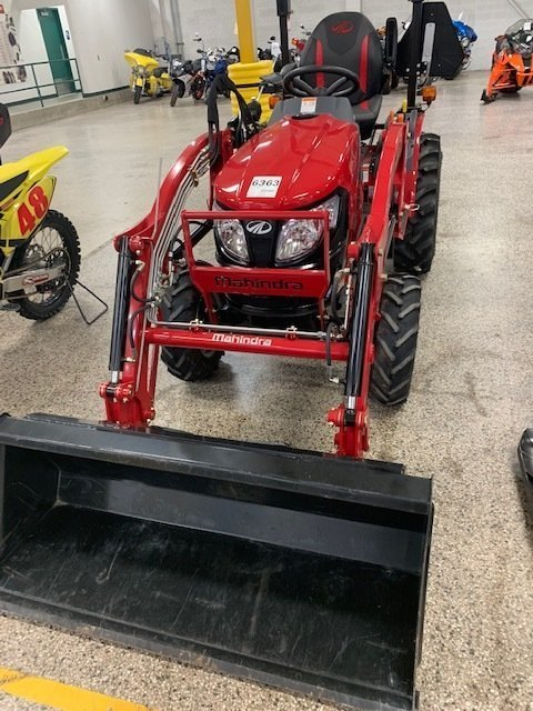 2018 Mahindra eMAX 25S Hydrostatic