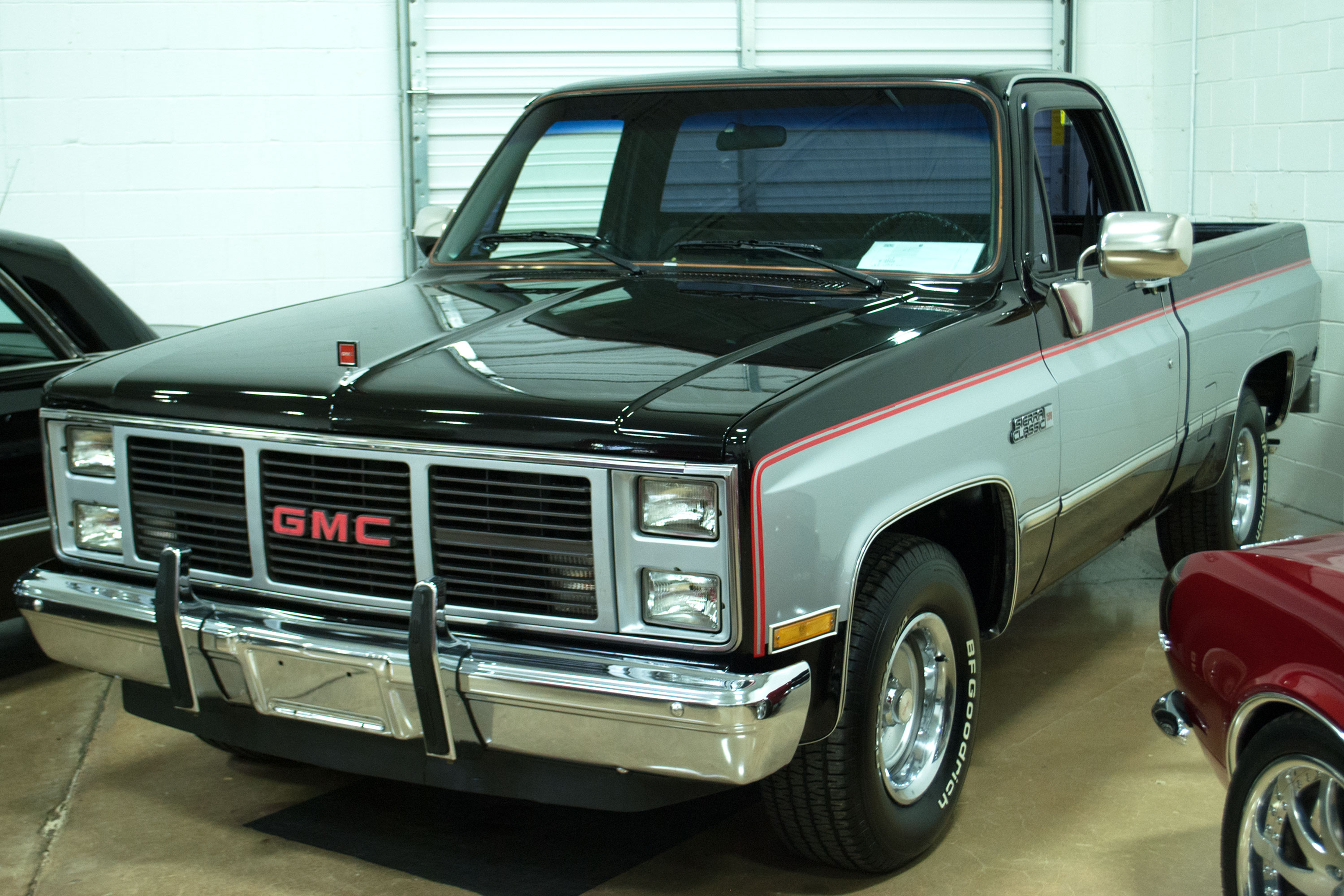 American Car Center Memphis Tn >> 1986 GMC Sierra | Art & Speed Classic Car Gallery in Memphis, TN