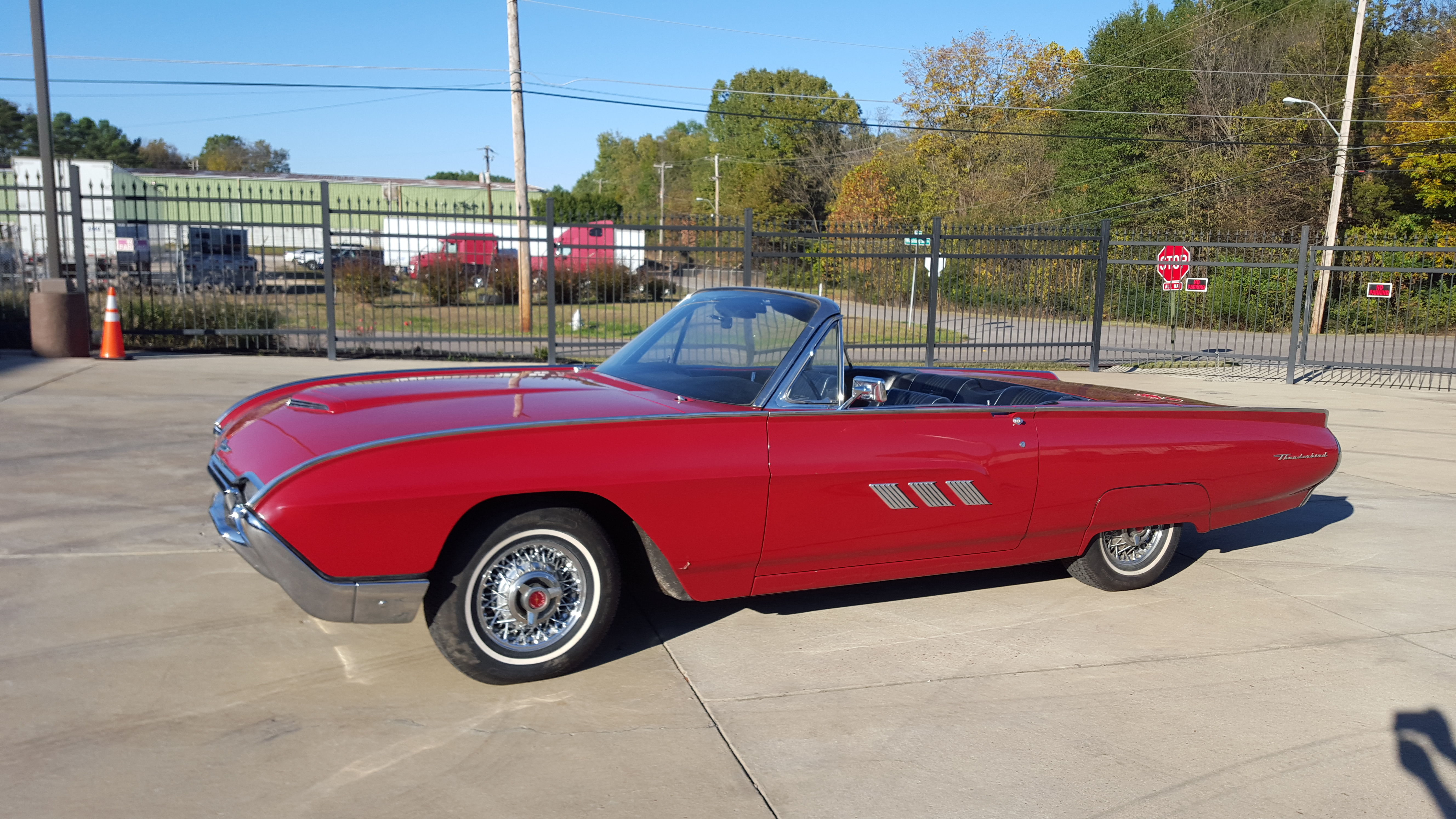 American Car Center Memphis Tn >> 1963 Ford Thunderbird | Art & Speed Classic Car Gallery in Memphis, TN