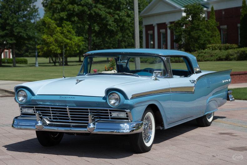 1957 Ford Fairlane 500
