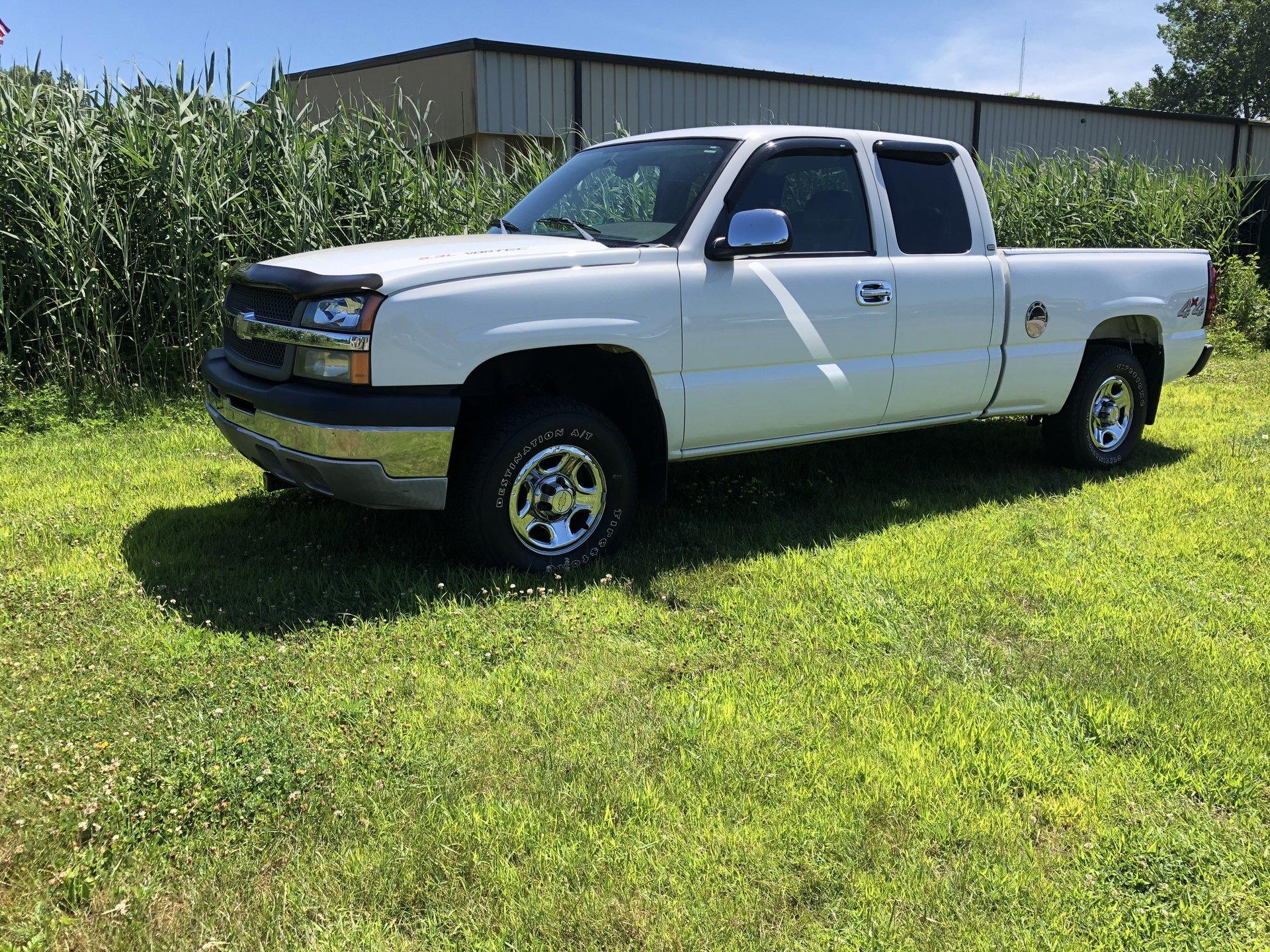3069570552fe hd 2004 chevrolet silverado 1500 ext cab 143 5 wb 4wd work truck