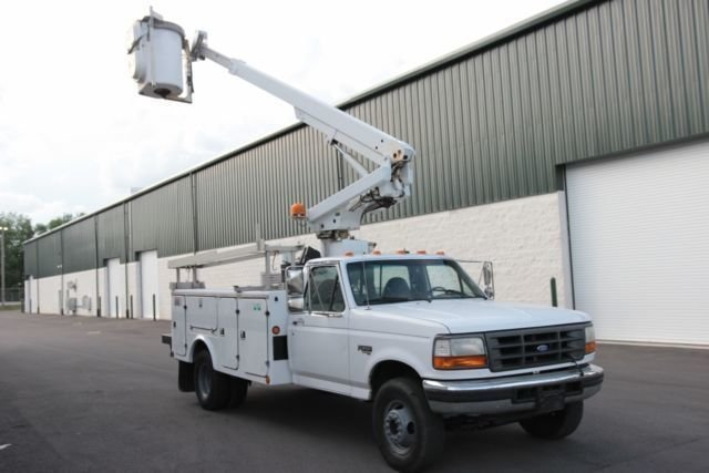 1997 Ford BUCKET TRUCK