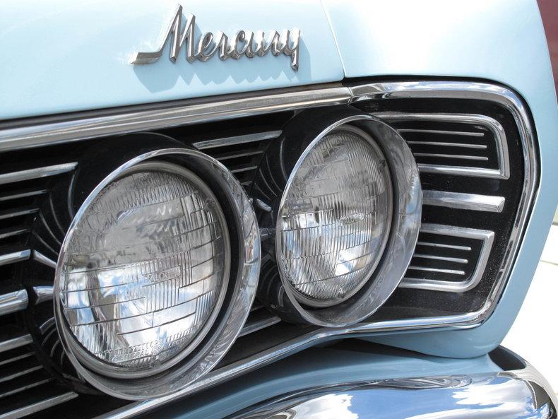 1967 Mercury Monterey 16
