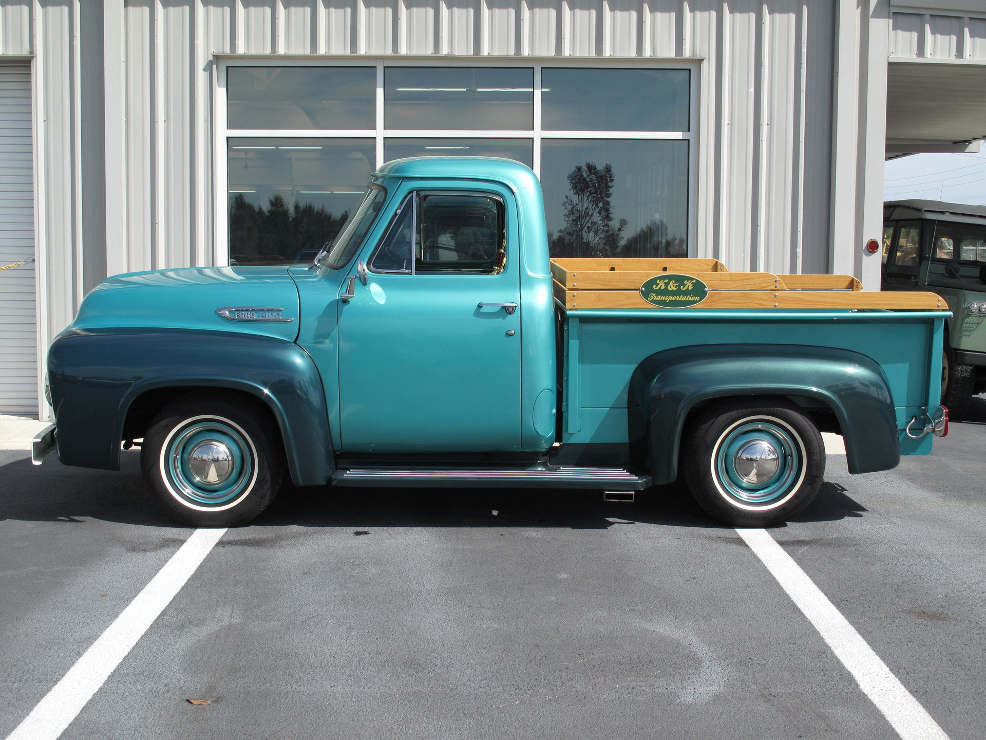 1954 Ford F100 Burnyzz American Classic Horse Power Truck