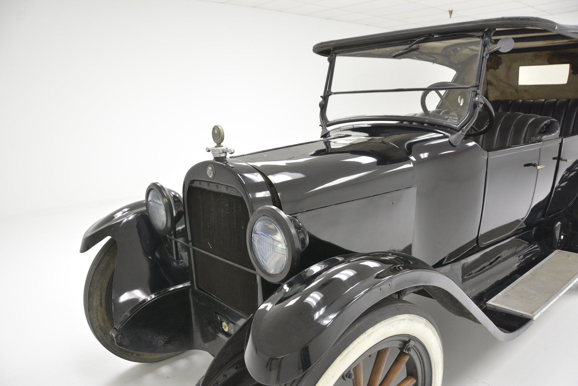 History of Early American Automobiles 1861-1929 Chapter 13 |1929 Dodge Touring Car