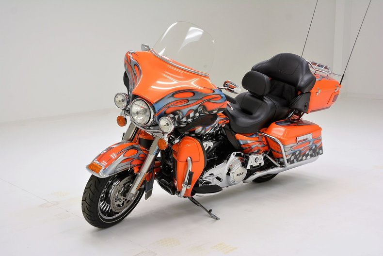 2011 Harley Davidson FLHTK
