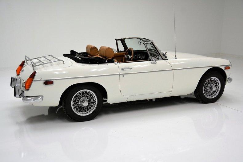 1973 MG B Roadster