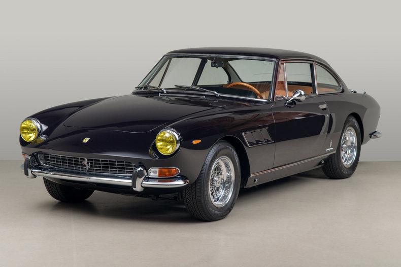 1965 Ferrari 330 GT 2+2_5709