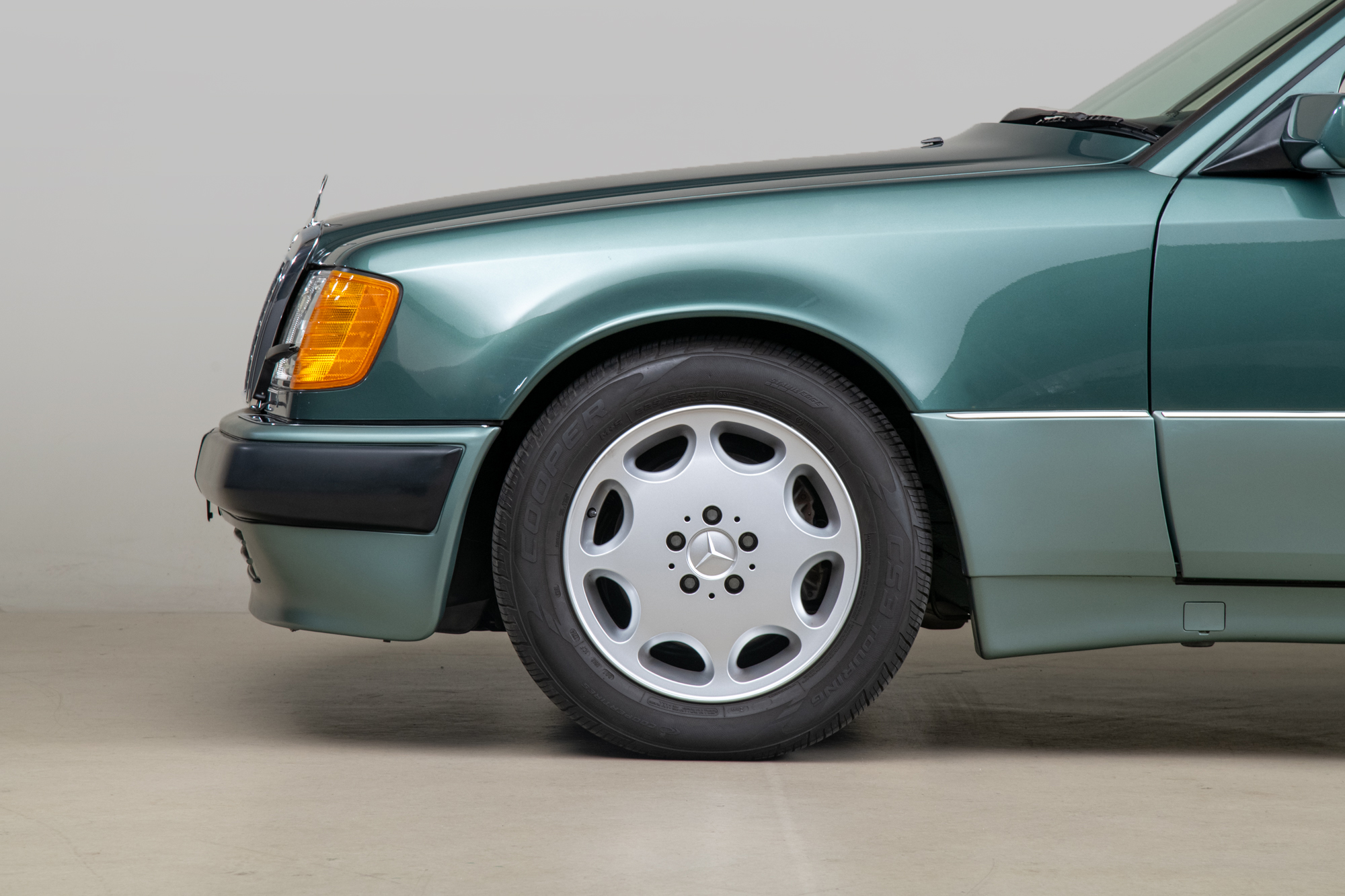 1992 Mercedes-Benz 500E , PALM GREEN, VIN WDBEA36E8NB753678, MILEAGE 126738