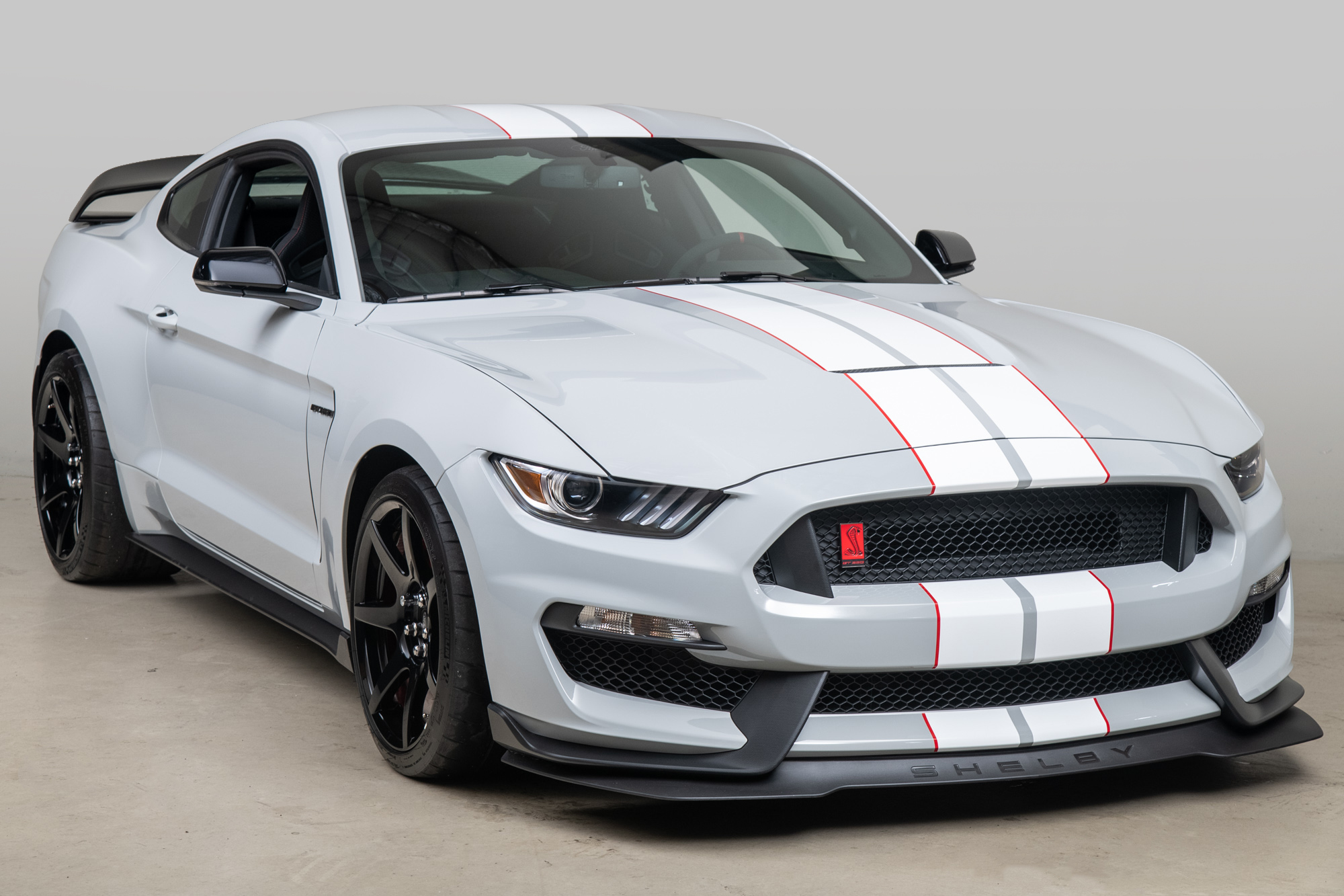 2015 Ford Mustang Shelby GT350R , AVALANCHE GREY, VIN 1FATP8JZ3F5520022, MILEAGE 85