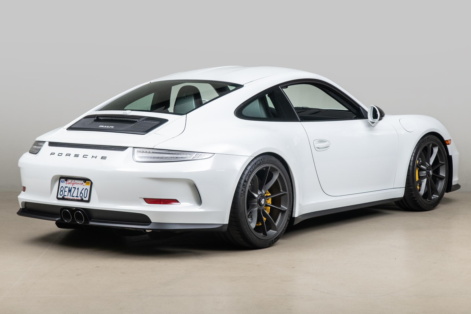 2016 Porsche 911R , WHITE, VIN WP0AF2A99GS195168, MILEAGE 1058