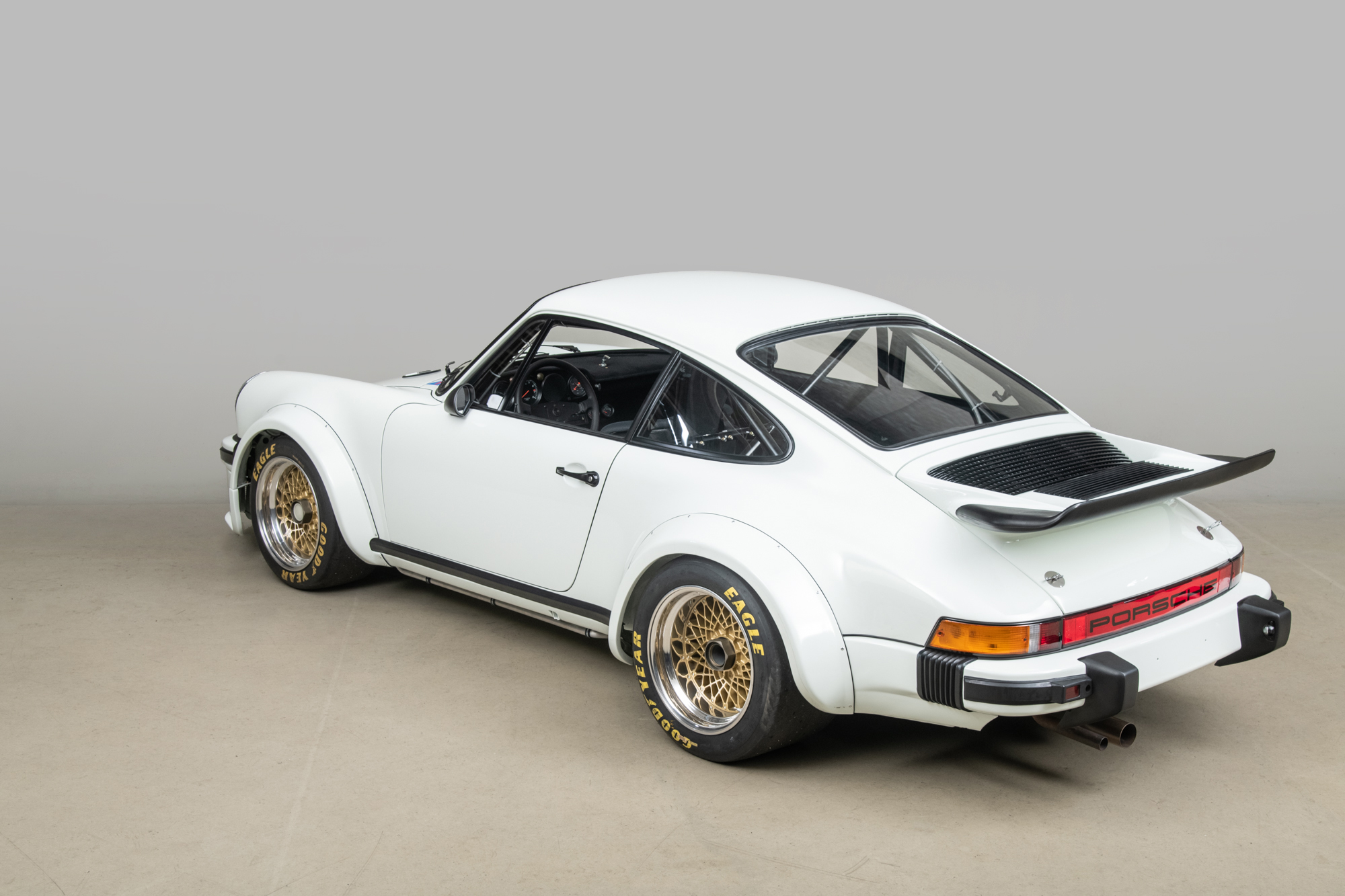 1976 Porsche 934 , GRAND PRIX WHITE, VIN 9306700157