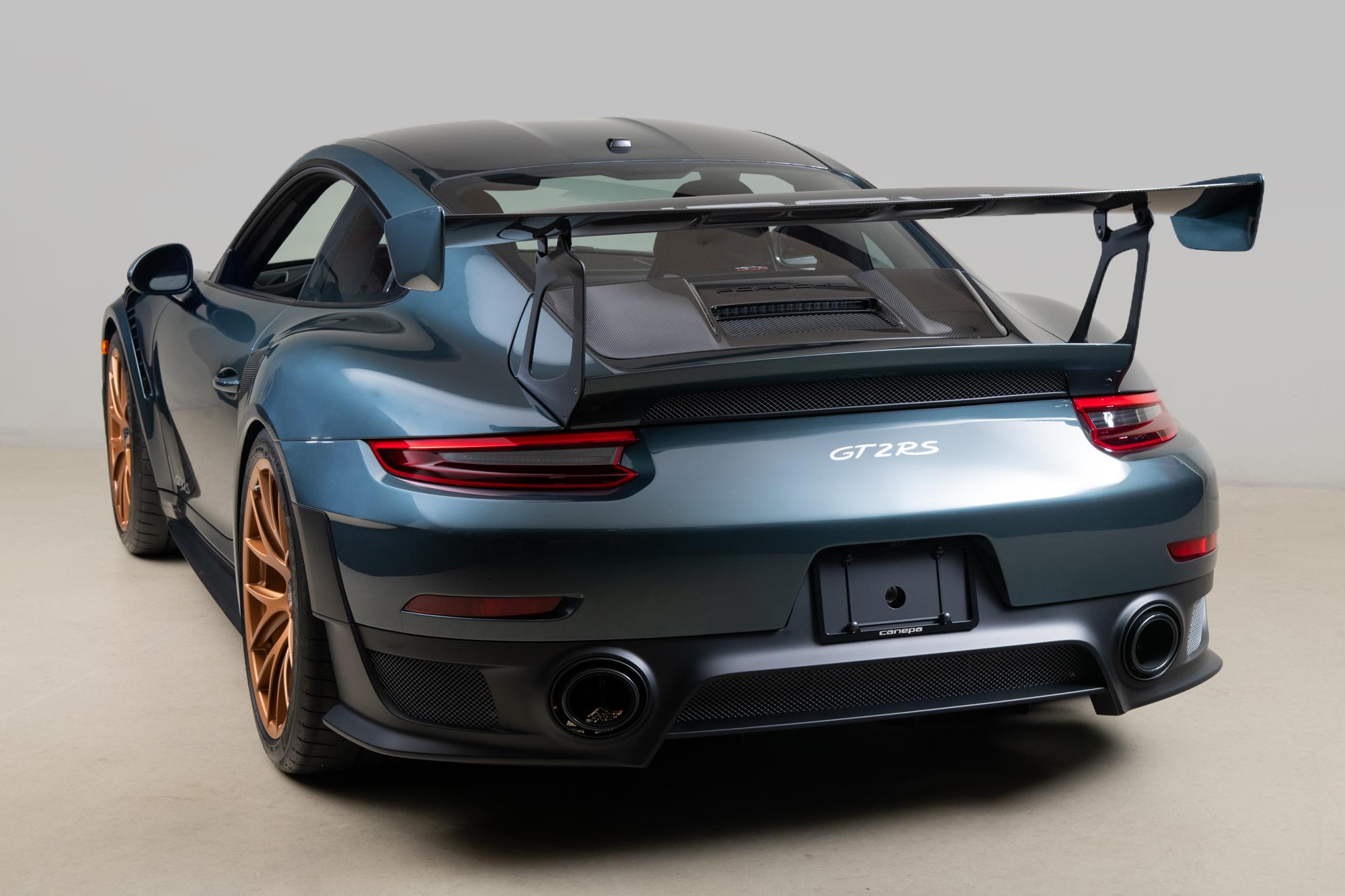 2019 Porsche GT2RS , AVENTURA GREEN, VIN WP0AE2A9XKS155158, MILEAGE 637