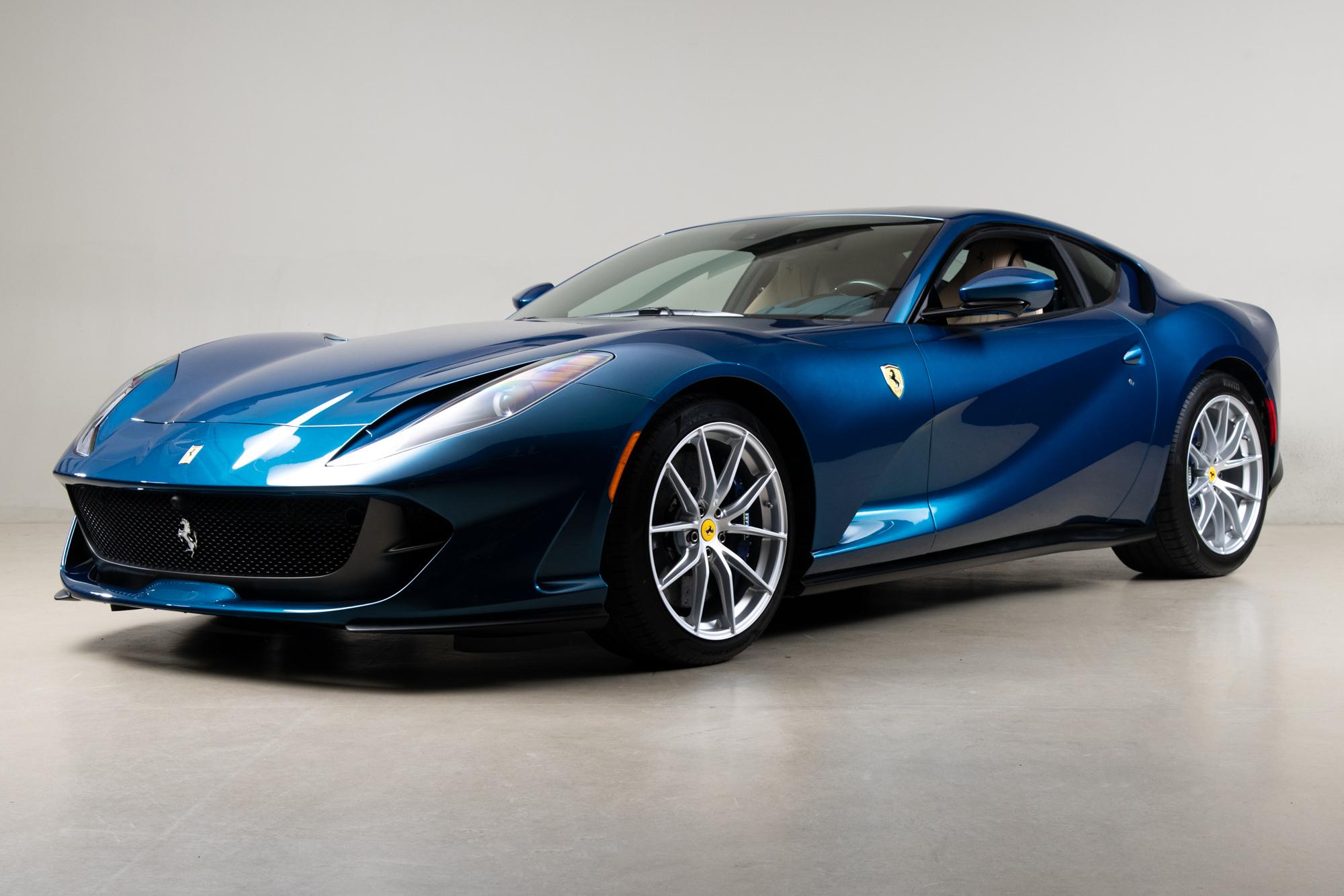 2020 Ferrari 812 _6438