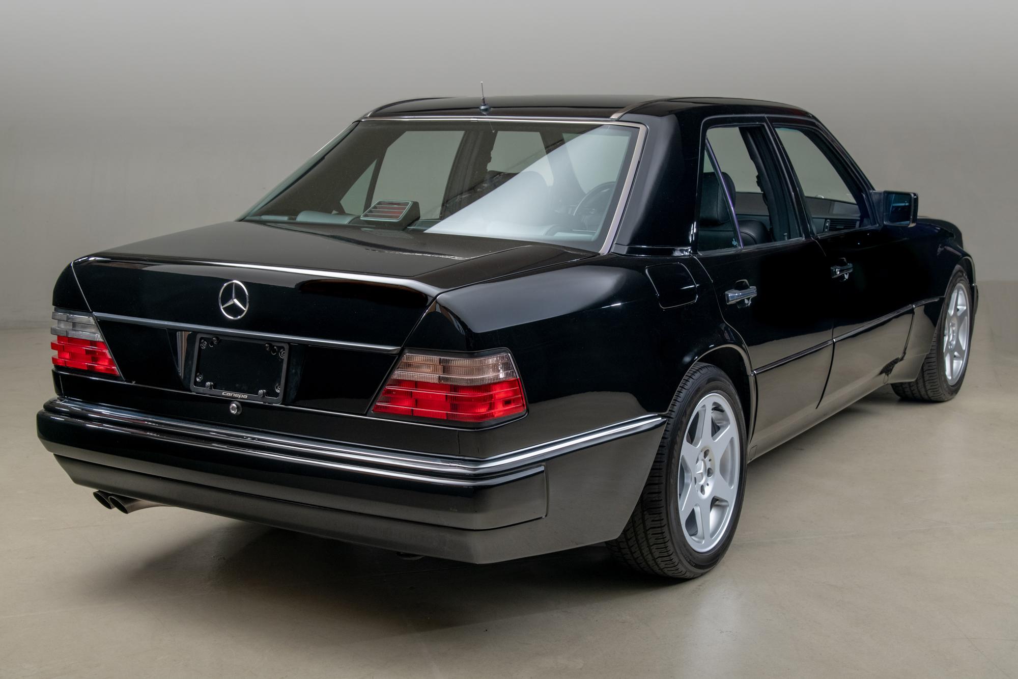 1992 Mercedes-Benz 500E , BLACK, VIN WDBEA36EXNB727308, MILEAGE 74147