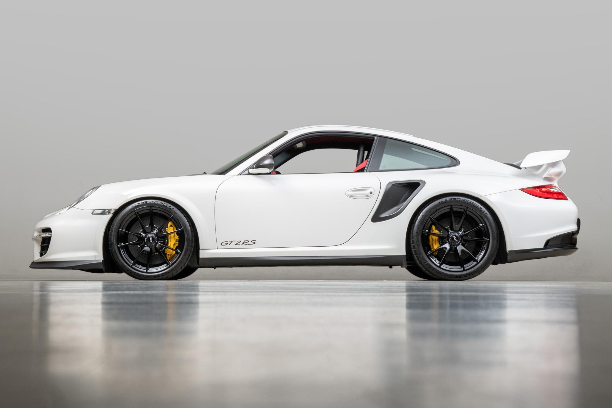 2011 Porsche GT2RS , WHITE, VIN WP0AE2A93BS778136, MILEAGE 7729