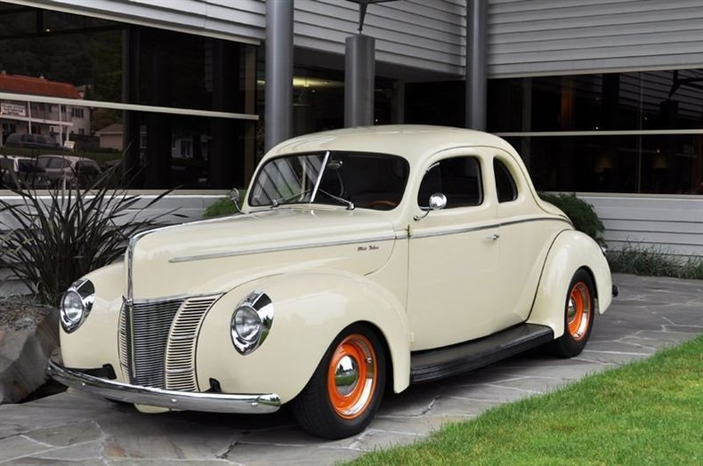 1940 Ford Deluxe Coupe Cream_4257V