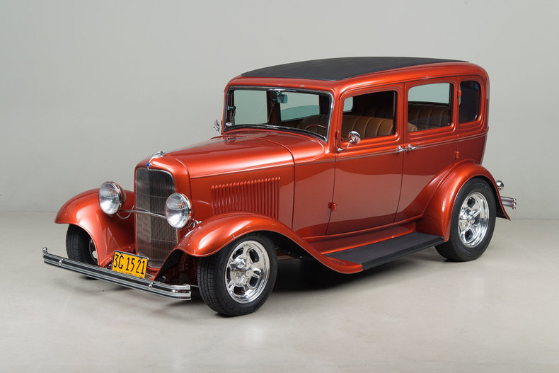 1932 Ford Fordor _5273