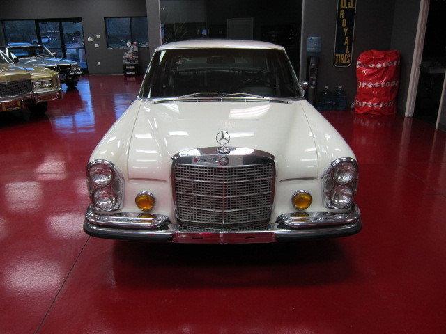 1970 Mercedes Benz 280SEL