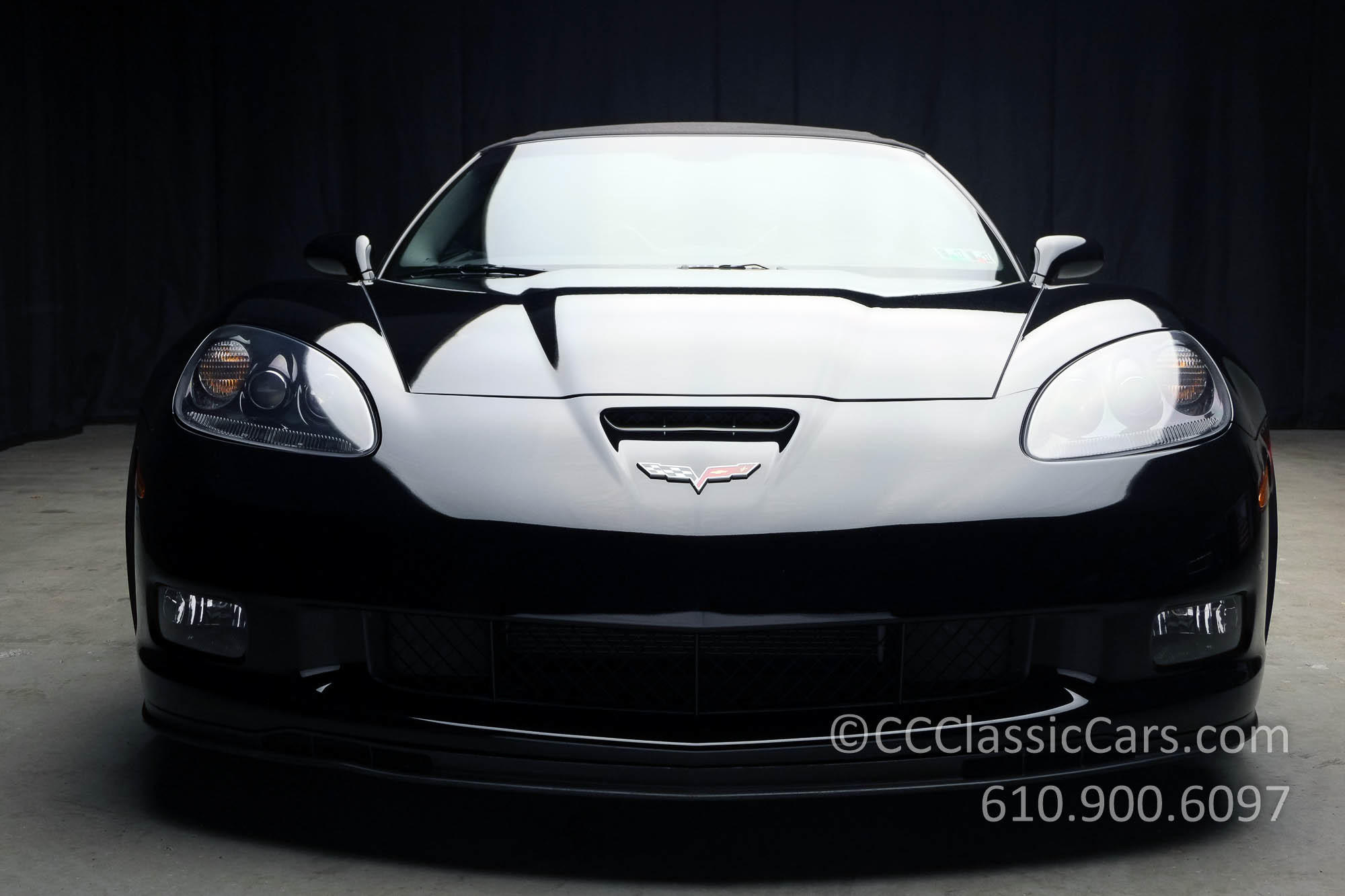 19006 3689a44989272010blackcorvetteconvertiblegrandsport6