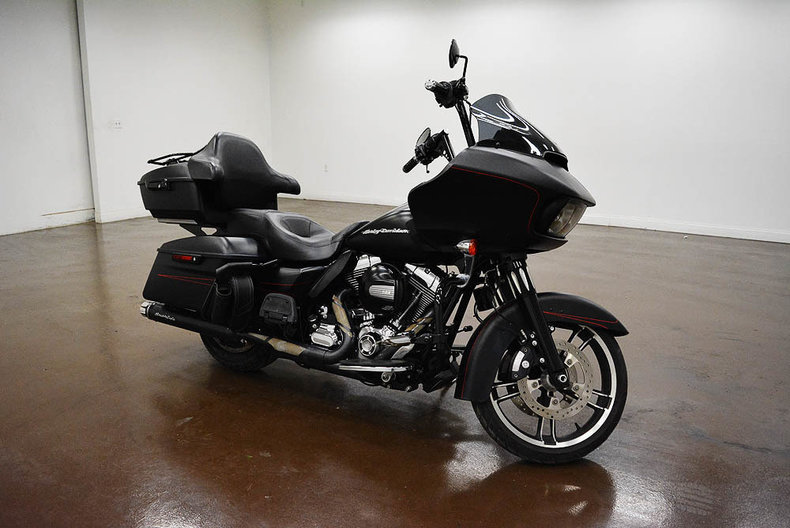 2015 harley davidson road glide for sale 81383 mcg. Black Bedroom Furniture Sets. Home Design Ideas