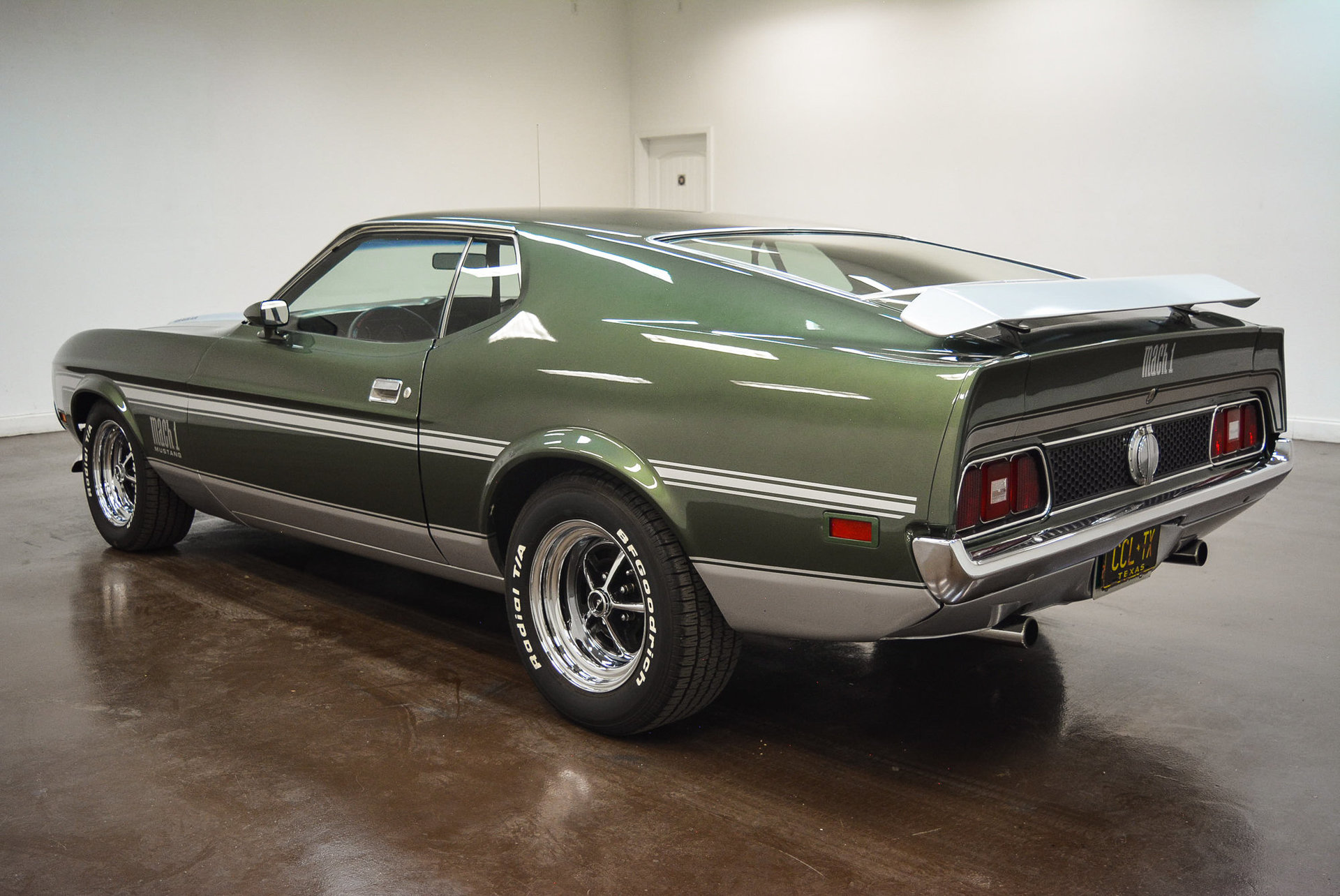 1971 ford mustang classic car liquidators in sherman tx. Black Bedroom Furniture Sets. Home Design Ideas