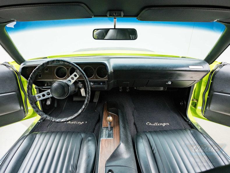 1973 Dodge Challenger RT Trim 440 V8: 1973 Dodge Challenger RT Trim 440 V8 440 V8 Automatic Coupe Sassy Grass