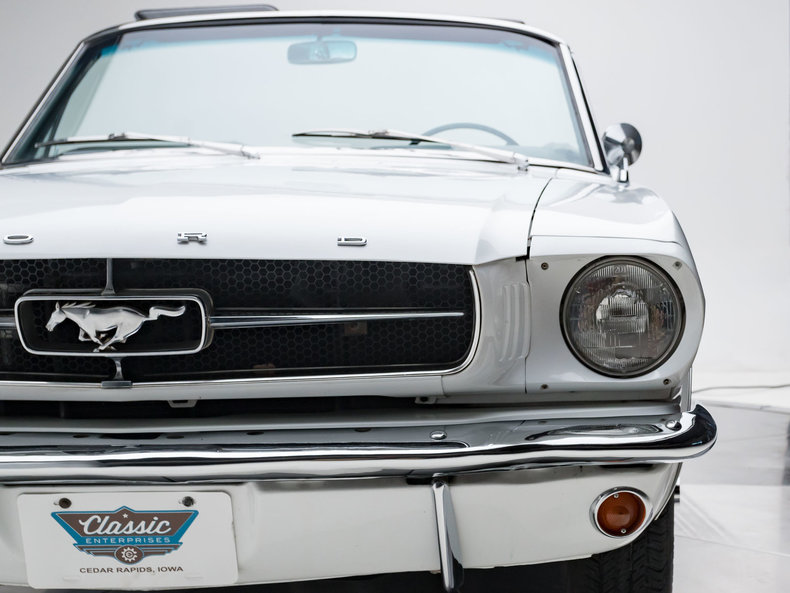 1965 Ford Mustang --: 1965 Ford Mustang  289 V8 3 Speed Automatic Convertible Wimbledon White