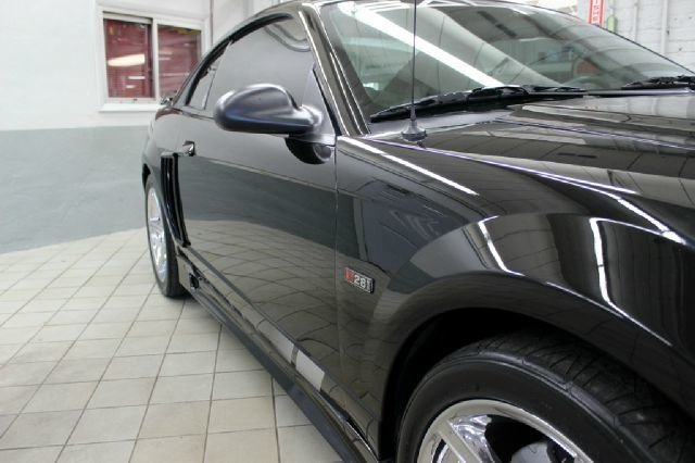 For Sale 2004 Ford Mustang
