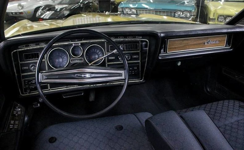 1235344cd03d low res 1972 ford thunderbird