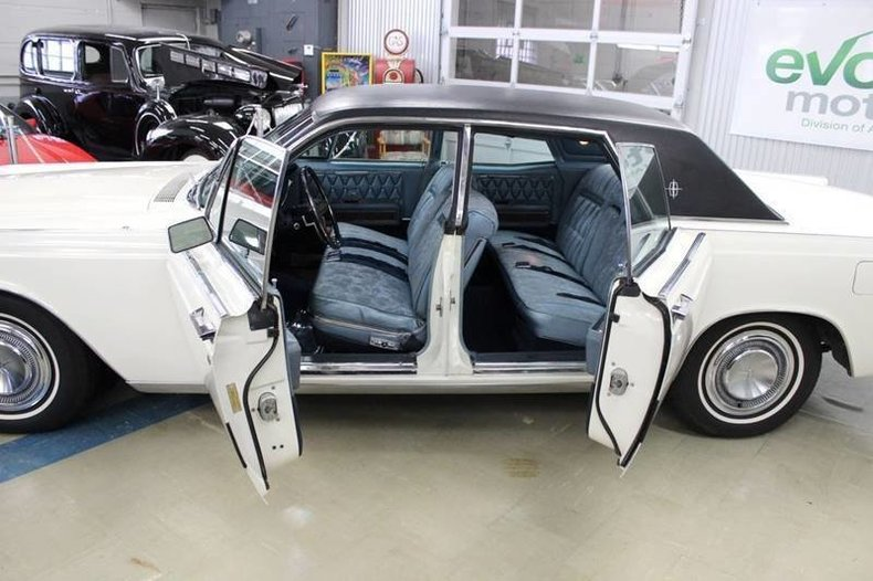 1394178e08f75 low res 1968 lincoln continental