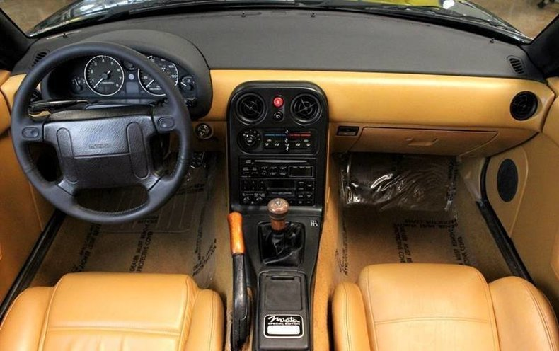 1528b409492a low res 1991 mazda mx 5 miata special 2dr convertible
