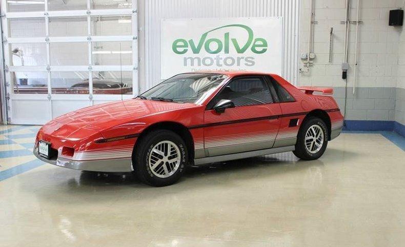 18960923cd514 low res 1985 pontiac fiero gt 2dr coupe