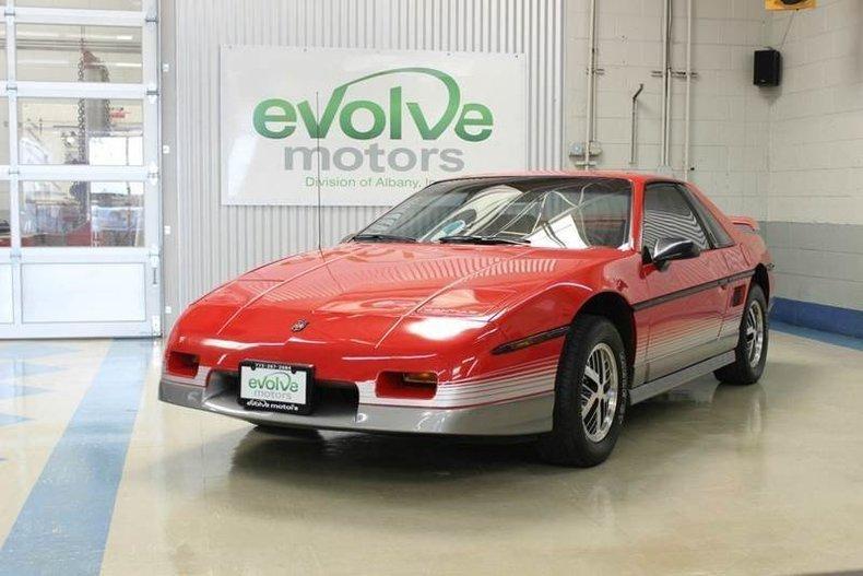 1896139d11337 low res 1985 pontiac fiero gt 2dr coupe