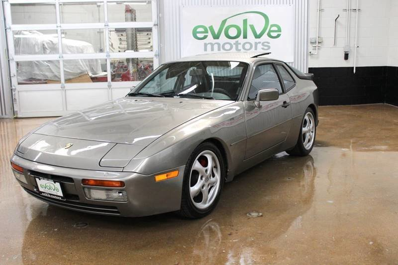 20466ed17ba62 hd 1988 porsche 944 turbo 2dr hatchback