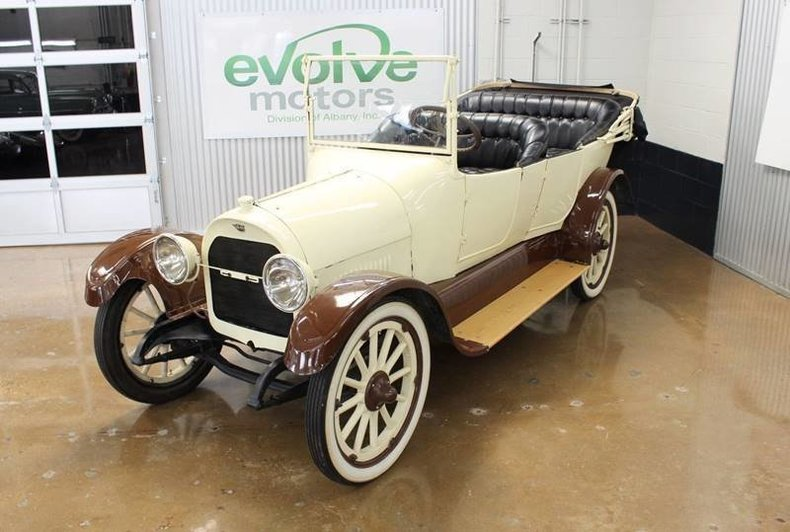 2121524917248 low res 1917 reo the fifth touring sedan
