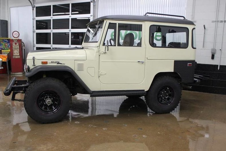 215524e79808a low res 1973 toyota land cruiser