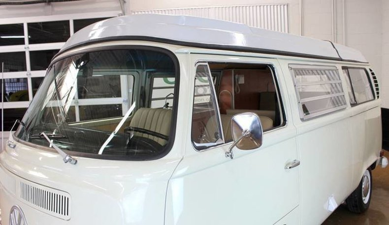 For Sale 1971 Volkswagen Bus
