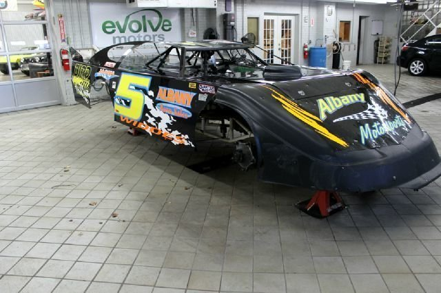 230138708da42 low res 2001 warrior late model