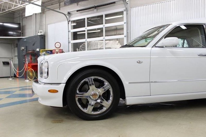 24900f00a704 low res 2003 bentley arnage 4dr r turbo sedan