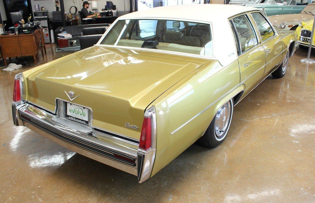 1977 Cadillac Sedan DeVille   Chicago Car Club