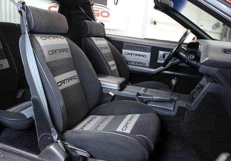700778c42f95 low res 1985 chevrolet camaro z28 2dr hatchback