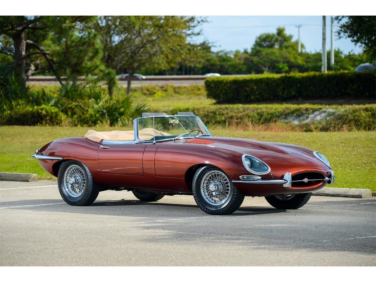 1966 jaguar e type classic motorcars. Black Bedroom Furniture Sets. Home Design Ideas