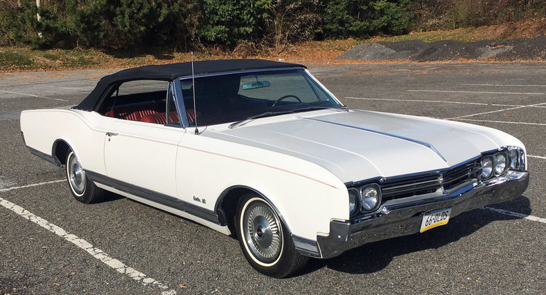 21865e4698281 low res 1966 oldsmobile delta 88