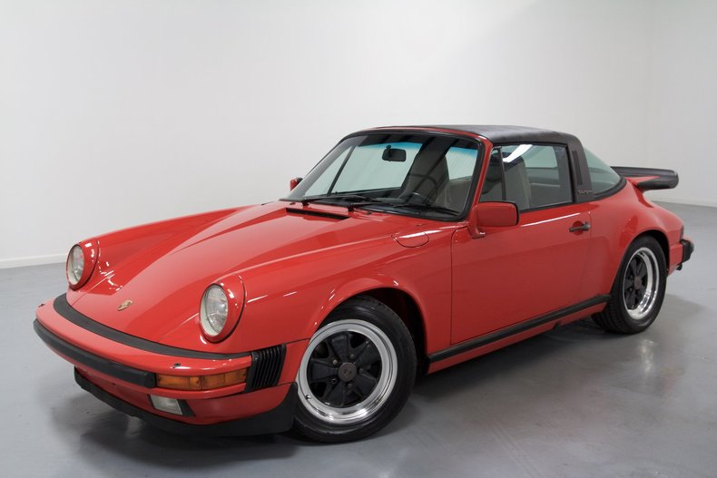 578f2bd2544 low res 1986 porsche 911
