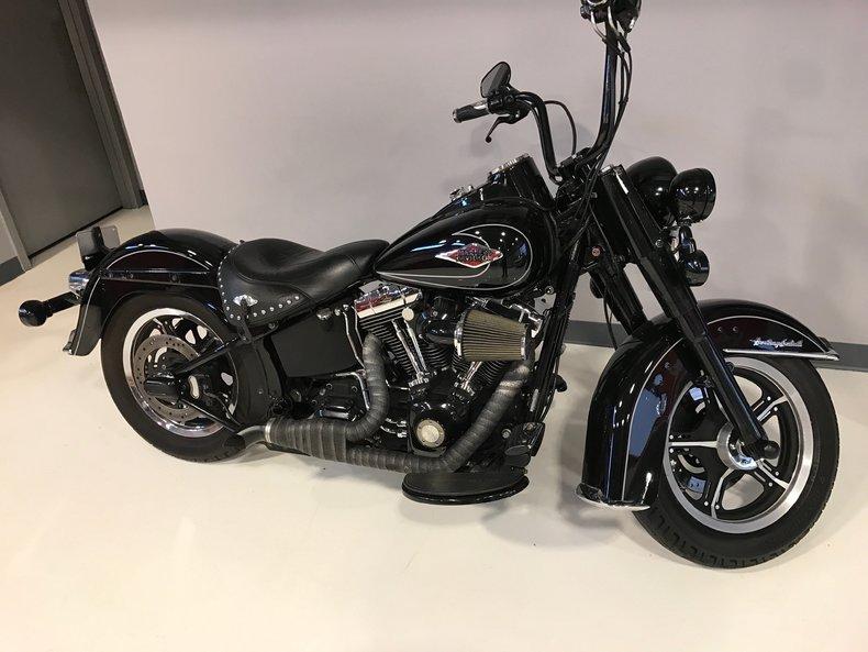 Harley Davidson  Performance Specs