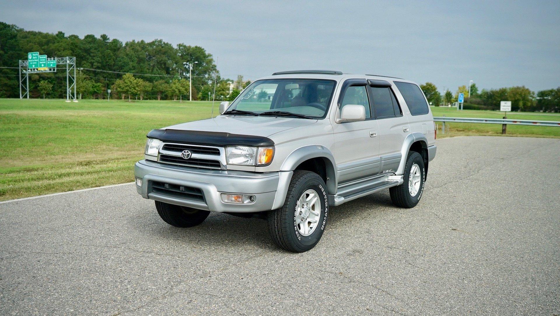7749 | 1999 Toyota 4Runner Limited 4x4 | Davis Autosports